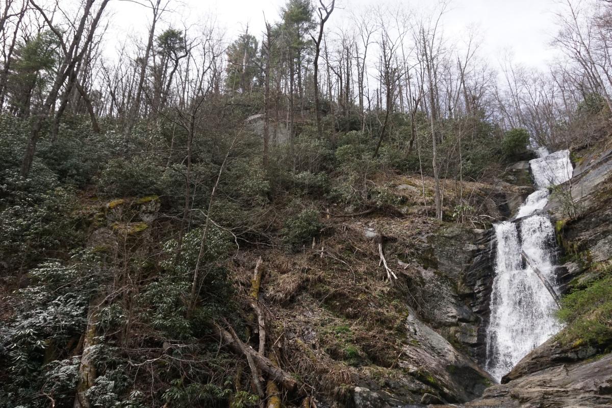 Sunday Hikes: Tom's CreekFalls